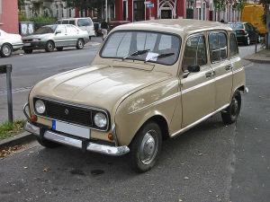 Renault R4 in der Version, die von 1975 bis 1992 produziert wurde (Fotograf: Sven Storbeck)